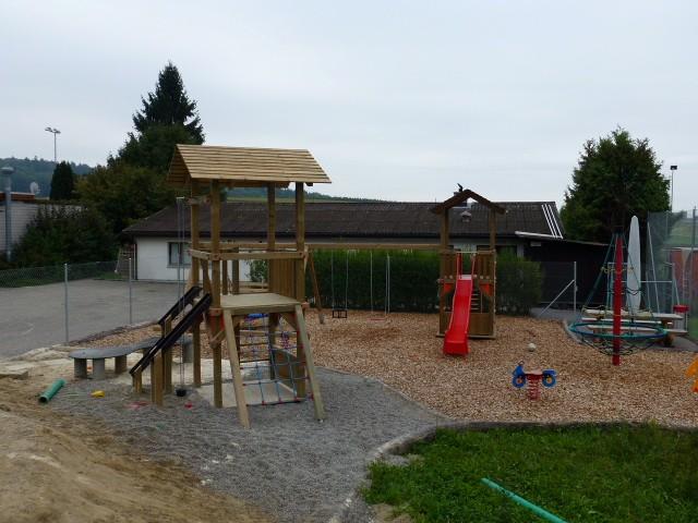 Spielplatzgeräte für jedes Kind