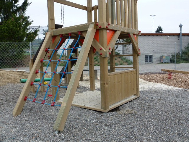 Spielplatzgeräte SPielturm